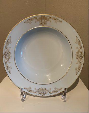 diep-bord-medusa-gala-versace